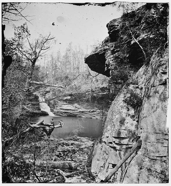 Chattanooga, Tennessee (vicinity). Pool, Lookout Mountain