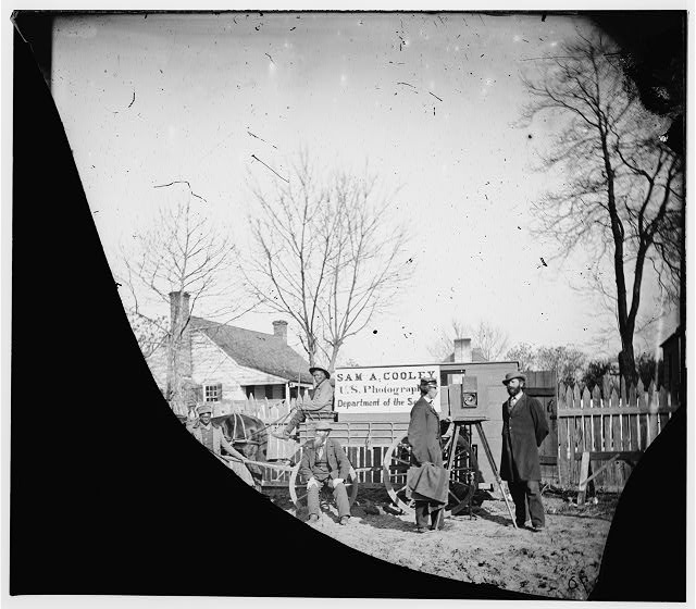 [Unknown location. Wagons and camera of Sam A. Cooley, U.S. photographer, Department of the South]