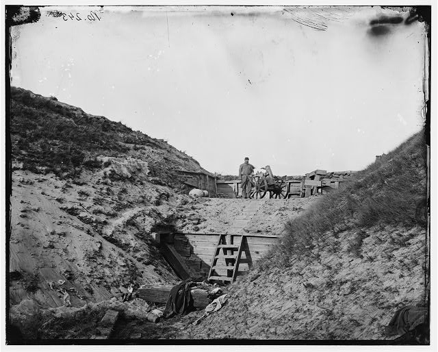 [Fort Fisher, N.C. Interior view, showing traverse with dismounted gun]