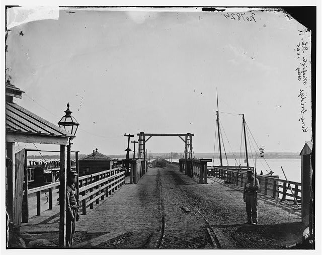[Washington, D.C. The Long Bridge over the Potomac seen from the city]