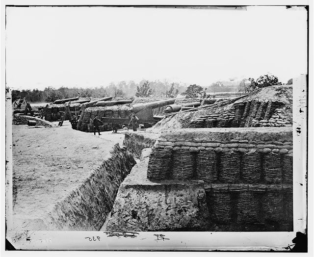 Yorktown, Virginia. Battery No. 1 at Farnhold's House, York River mounting one 200-pound and five 100-pound