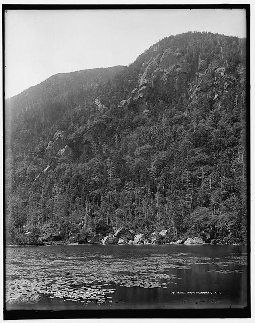 Carter Notch, looking west, White Mountains
