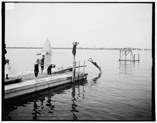 Bathing at Manhansett [i.e. Manhanset] House, Shelter Island, N.Y.