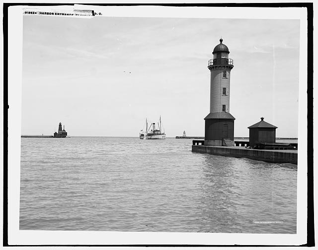 Harbor entrance, Cleveland, O[hio]