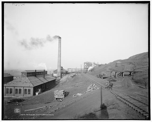 Iron mine, Red Mountain, Birmingham, Ala.
