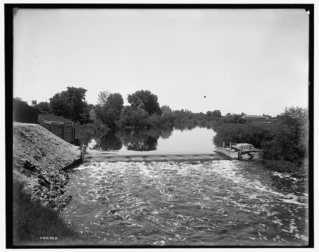 [Dam on the Pine River, Alma, Mich.]