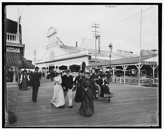[Young's pier & boardwalk, Atlantic City, N.J.]
