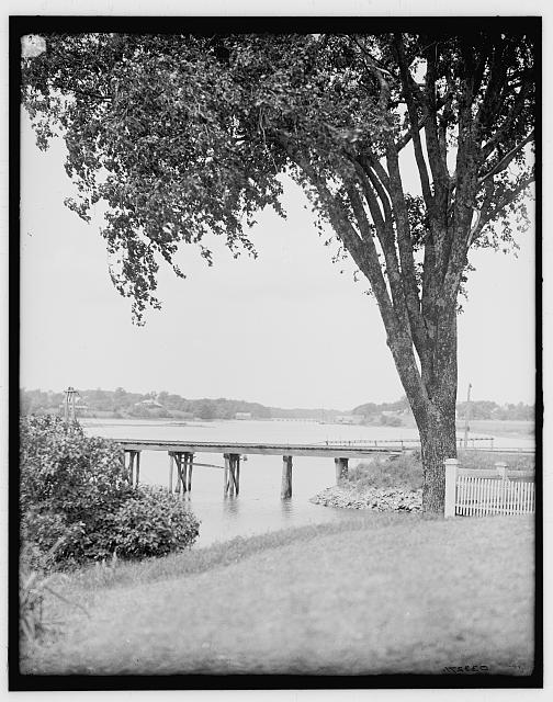 [A Glimpse of York River, York, Me.]