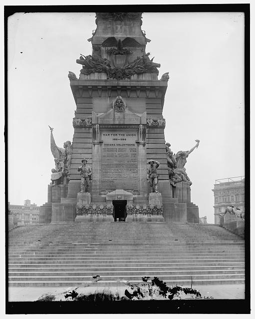 [Army & Navy (Soldiers' and Sailors') Monument, south face, Indianapolis, Ind.]