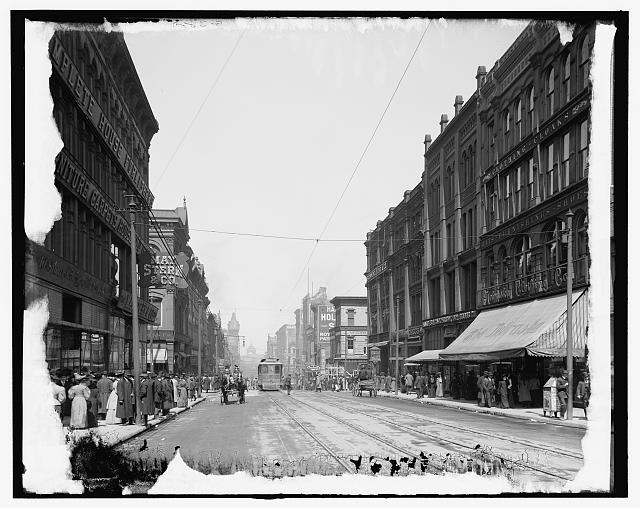 [Main Street north from Twelfth, Kansas City, Missouri]
