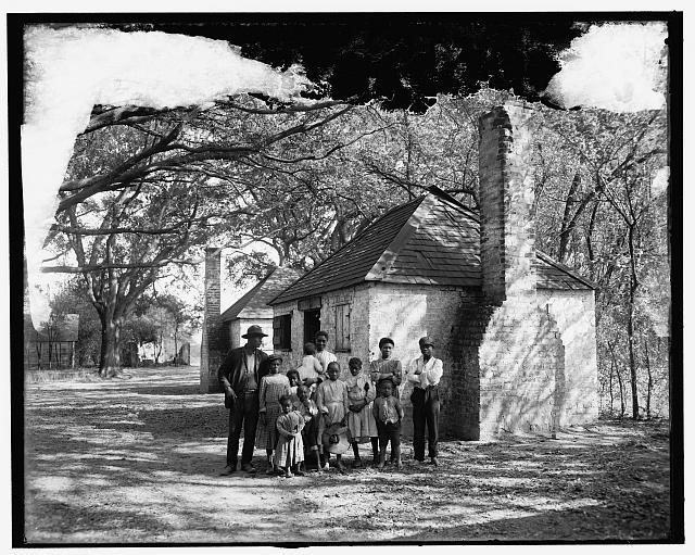 [The Whole black family at the Hermitage, Savannah, Ga.]