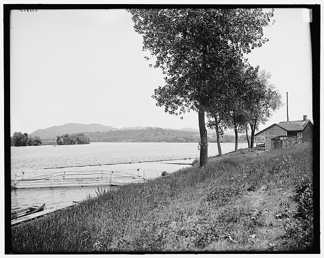 [Smith's Ferry and Mount Holyoke, South Hadley (i.e. Holyoke), Mass.]