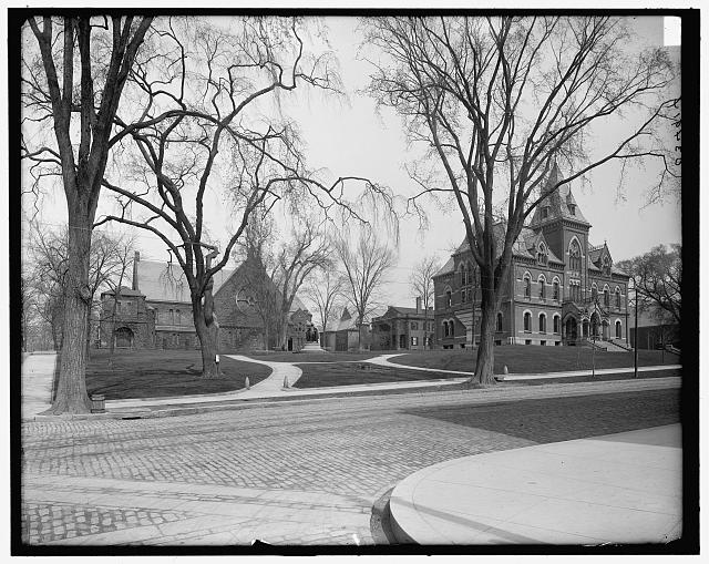 [Springfield, Mass., Merrick Arch from Maple St.]