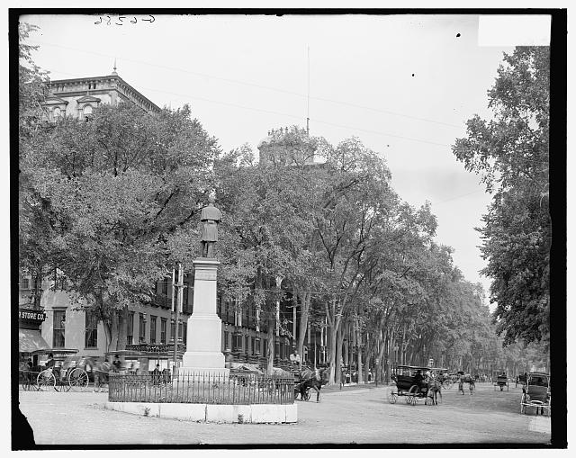 [Grand Union Hotel and Broadway at Monument Square, Saratoga Springs, N.Y.]