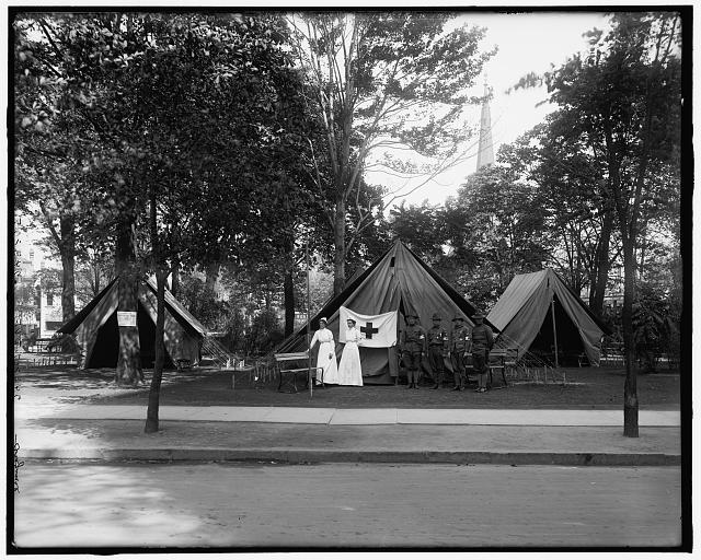 [Visiting Nurses' Association, Grand Army of the Republic National Encampment, 1914, tents, Grand Circus Park, Detroit, Mich.]