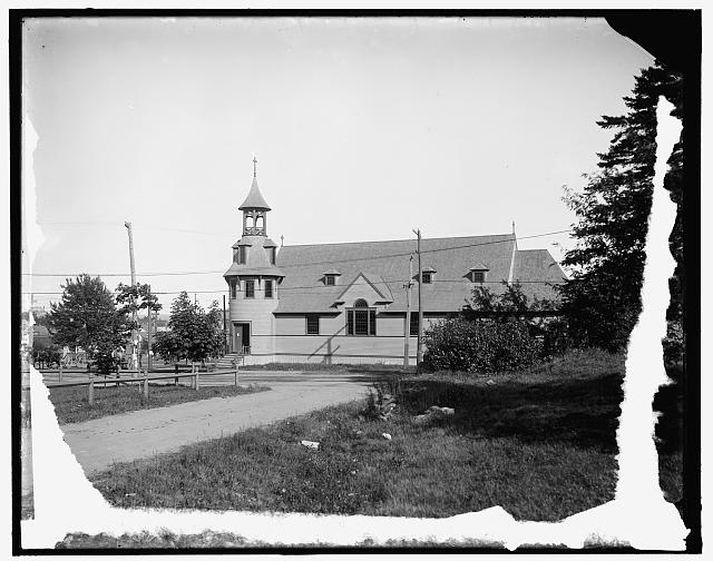 Mall and catholic church, Old Orchard, Me.