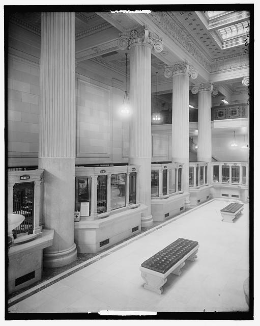 [Dime Savings Bank, main floor, Detroit, Mich.]