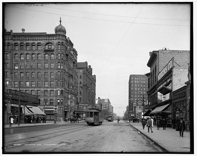 Hennepin Ave. [Avenue], Minneapolis, Minn.