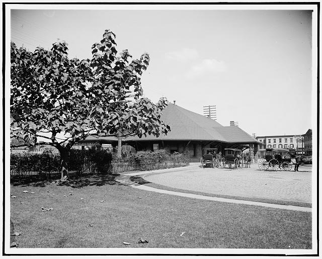 [N.Y. Central Railway station, Tarrytown, N.Y.]