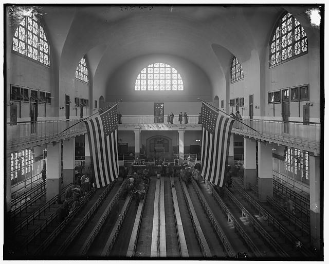 [Inspection room, Ellis Island, New York, N.Y.]