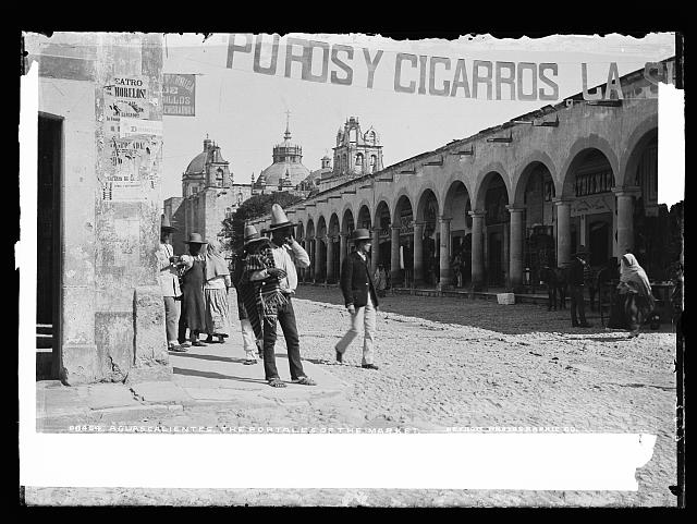 Aguascalientes, the portales of the market