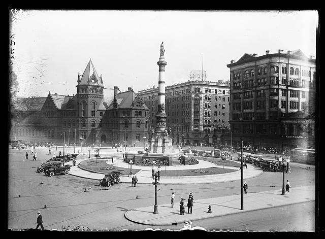 [Soldiers' and Sailors' Monument, Lafayette Square, Buffalo, N.Y.]