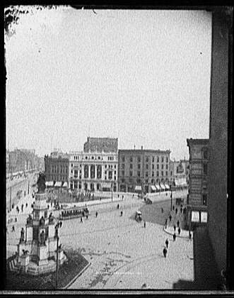 [Campus Martius with Soldiers' and Sailors' Monument, and Detroit Opera House, Detroit, Mich.]