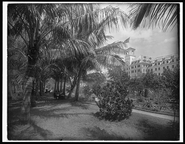 Hotel [Royal] Poinciana, Lake Worth