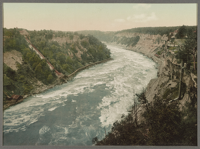 Niagara, Whirlpool Rapids, looking down