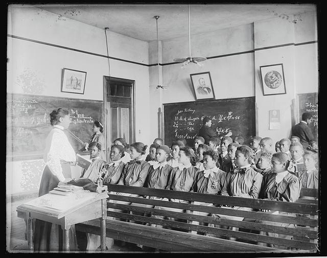 [Mathematics class at Tuskegee Institute, 1906]