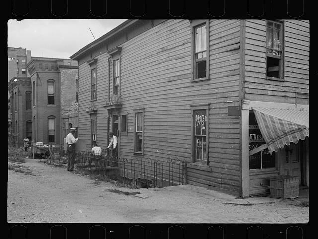 [Untitled photo, possibly related to: Houses close to Capitol, Washington, D.C. Washington has many such houses but few government workers would care to live in them]
