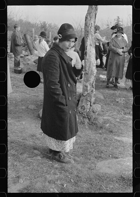 [Untitled photo, possibly related to: Mrs. Eddie Nicholson, who frequently goes to the nearby resort to beg, Shenandoah National Park, Virginia]