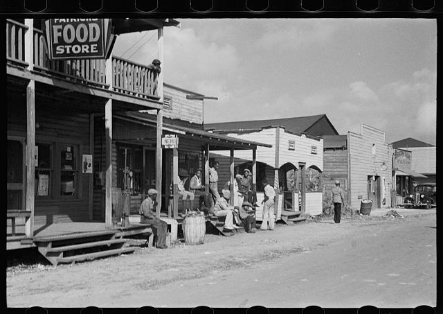 Scene in the Negro section of Belle Glade, Florida