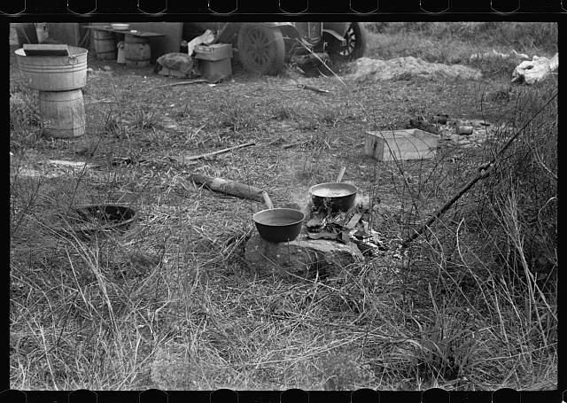 Cooking facilities for a migrant fruit working family encamped near Winter Haven, Florida