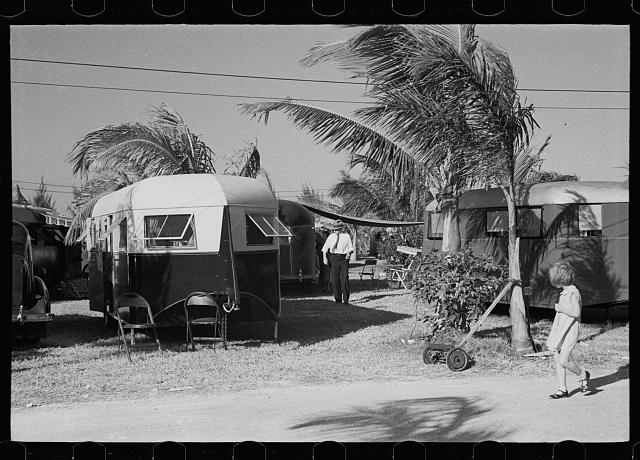 Some of the 200 trailers encamped at an auto-trailer camp near Dania, Florida. This is one of the better trailer camps in Florida, the rates being $5.00 weekly including electricity