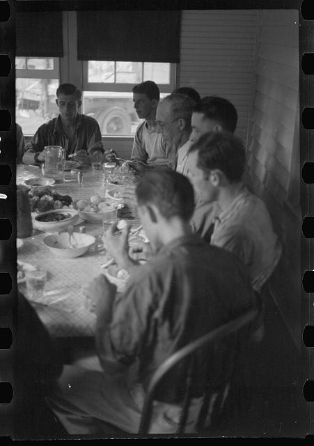 [Untitled photo, possibly related to: Farmers at lunch, Brookeville, Maryland]
