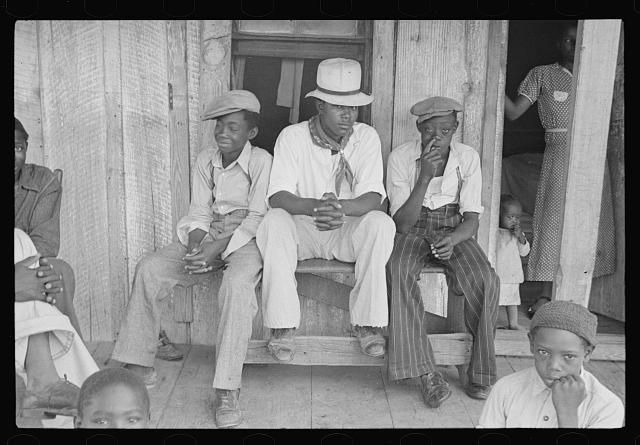 Sharecroppers' children on Sunday, near Little Rock, Arkansas