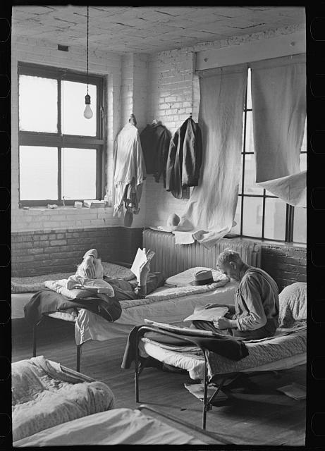 Corner of dormitory, homeless men's bureau, Sioux City, Iowa
