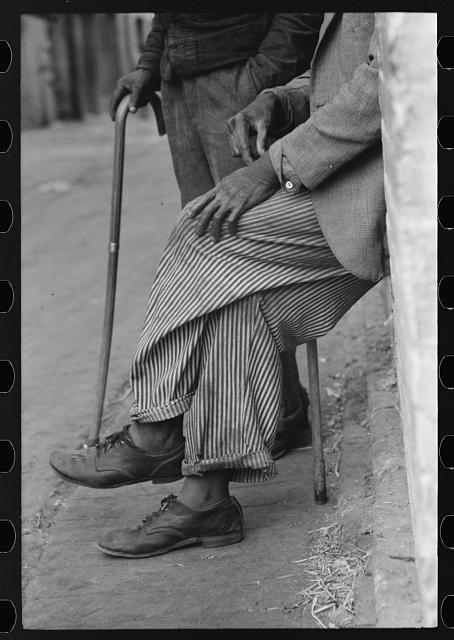 Negro man, hands resting on his cane, Waco, Texas