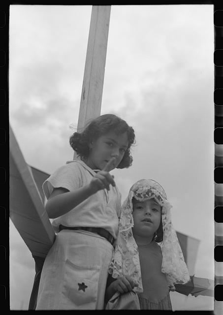 [Untitled photo, possibly related to: Spanish-American people at fiesta, Taos, New Mexico]