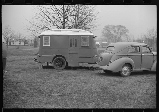 Trailer at tourist camp, Washington, D.C.