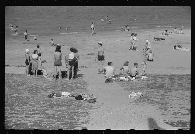 Ohio Street bathing beach. Chicago, Illinois