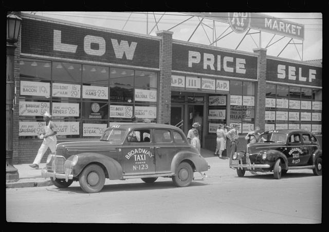 "[Untitled photo, possibly related to: The ""super market"" in Durham, North Carolina]"