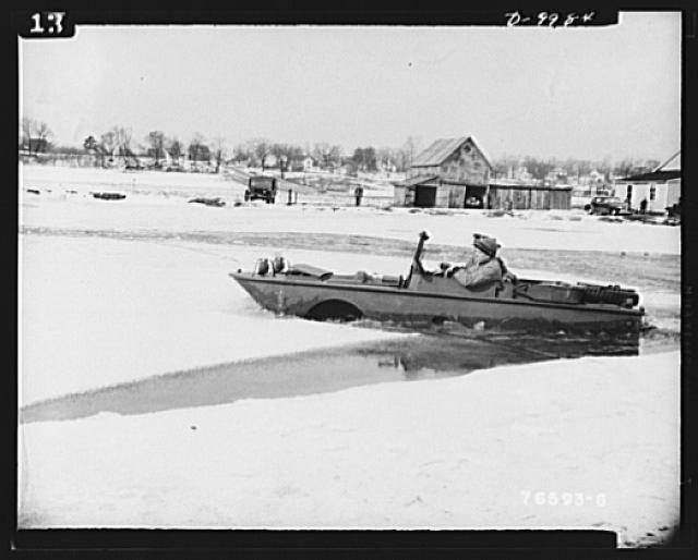 Sea jeeps. After breaking through the shore ice, the Ford-built amphibian car makes its way through ice floes and water at a good speed