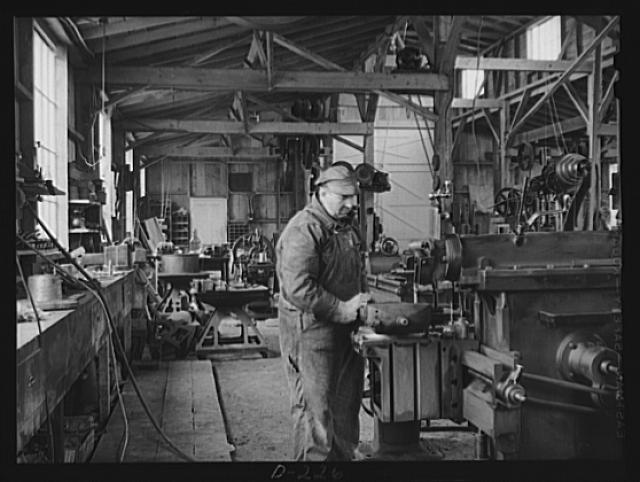 Shenandoah Valley. Braden and Van Fossen Works,a flourishing shop outside of Staunton, which does such heavy work as machining different rock crusher shafts