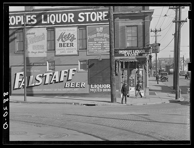 Saloon and liquor store near Cudahy packing plant. South Omaha, Nebraska