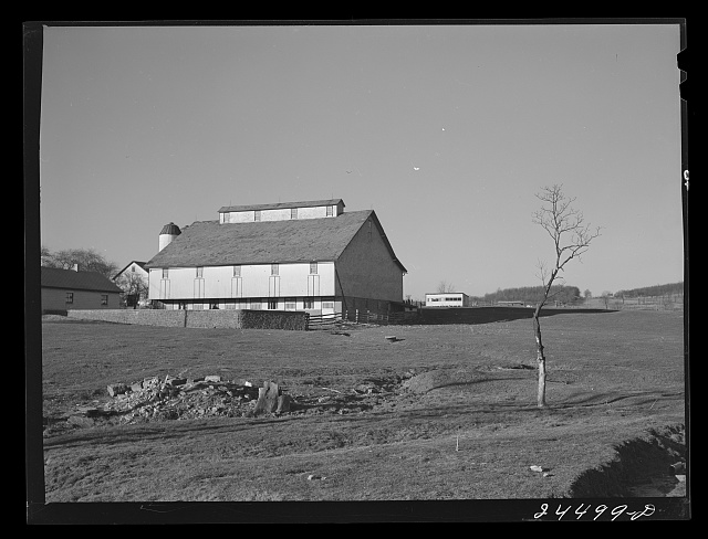 Dutch barn, Lancaster County, Pennsylvania