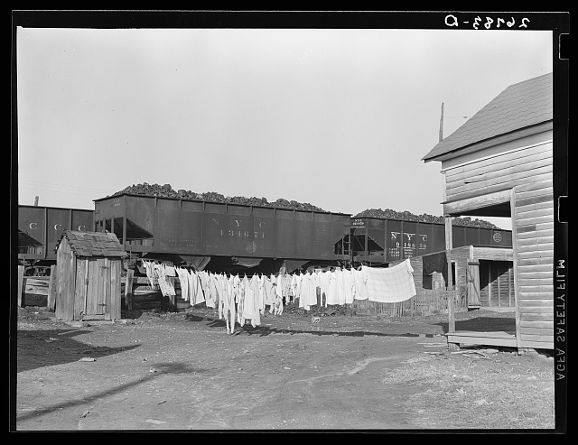 Clean clothes. Carrier Mills, Illinois