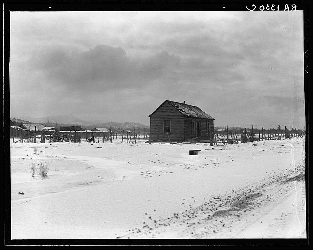 Typical home, still occupied. Widtsoe, Utah