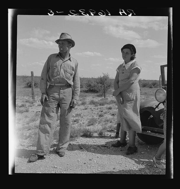 Migrant oil worker and wife near Odessa, Texas